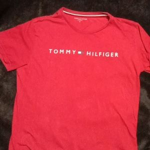 TOMMY HILFIGER Red T-shirt XL New York